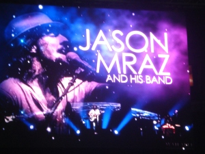 Jason Mraz with his band Live in Manila, May 2013